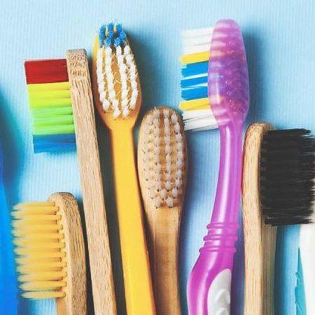 Как выбрать правильную зубную щетку