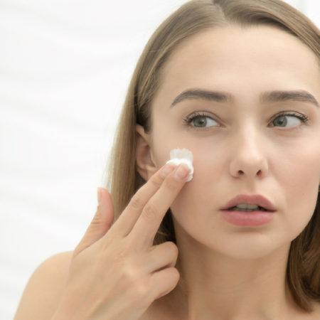 Как правильно наносить крем на лицо: простые правила для наилучшего результата