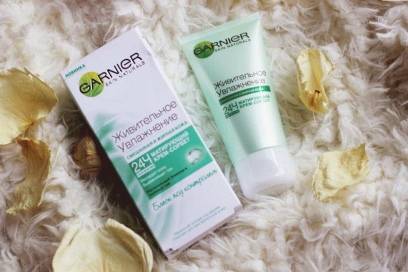 Матирующий крем для лица – устранение жирного блеска без эффекта маски
