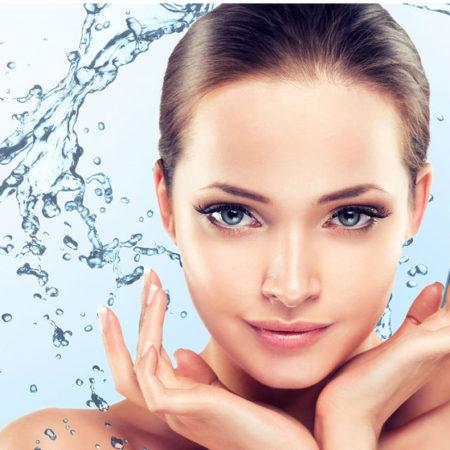 Увлажняющий крем для лица – главный помощник в сохранении молодости кожи
